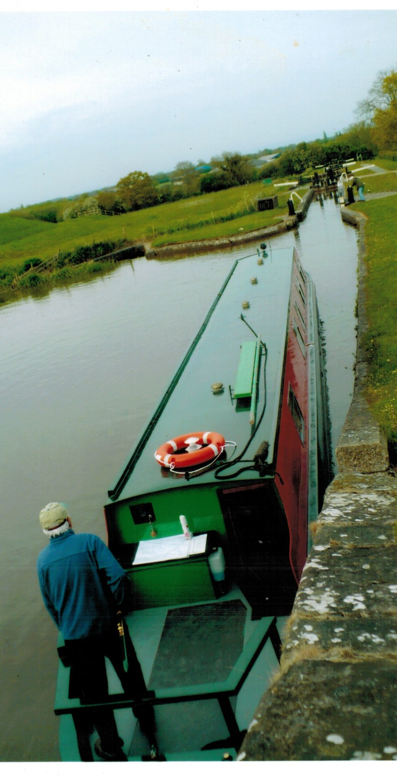 piloting-our-narrowboat10312016_0000