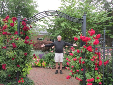 A garden in the middle of Saugatuck, where we spent a lovely afternoon shopping and eating