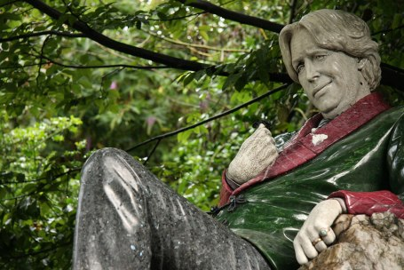 wilde-statue-from-internet