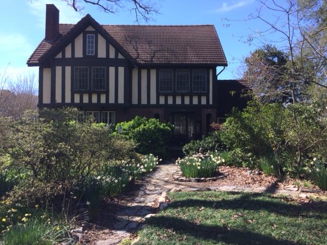Jennie's Garden and House